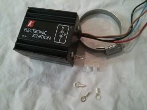 Colocamos la placa indicadora, cerramos la caja y ya tenemos el kit listo para montarlo en nuestro 600
