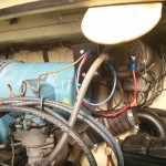 Observad la correcta conexión del cable azul al ruptor y del rojo a positivo de la bobina